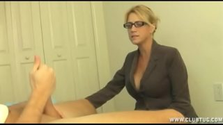 Milf Gets Furious to Catches Young Male Jacking
